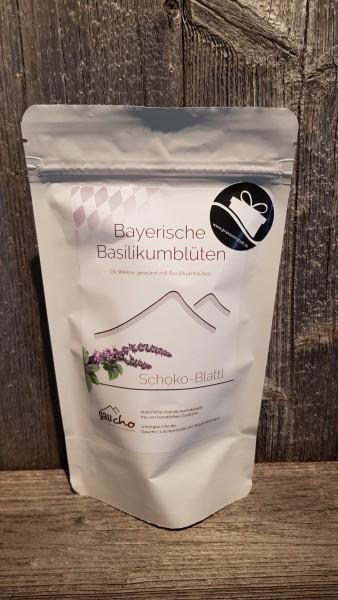 Bayerische Basilikumblüten weiß